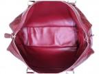 Красная сумка из кожи крокодила