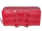 Красный клатч из кожи с хвоста крокодила