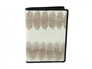 Обложка для паспорта из змеиной кожи