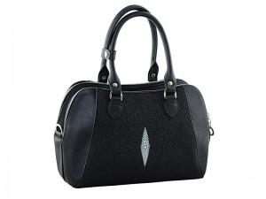 Модная женская сумка из кожи ската