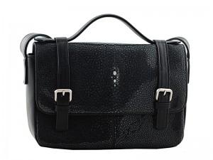 Женская сумочка из полированной кожи ската