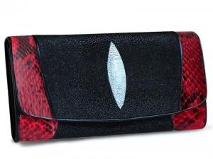 Женский кошелек из ската и питона