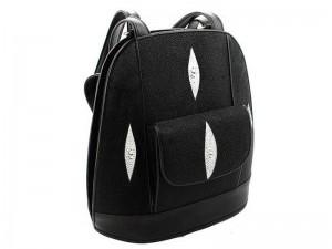 Сумка-рюкзак из кожи морского ската
