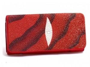 Стильный кошелек из морского ската