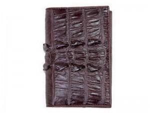 Обложка для паспорта из хвоста крокодила