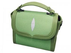 Женская сумка из кожи ската (зеленая)