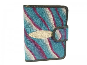 Женский кошелек из кожи морского ската