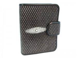 Женский кошелек с внутренней монетницей из ската