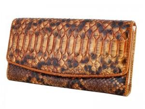 Необычный женский кошелек из кожи питона