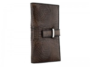 Мужское портмоне на хлястике из кожи крокодила
